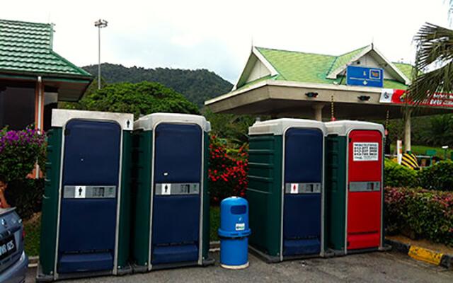long-term-portable-toilet-rental-rnr